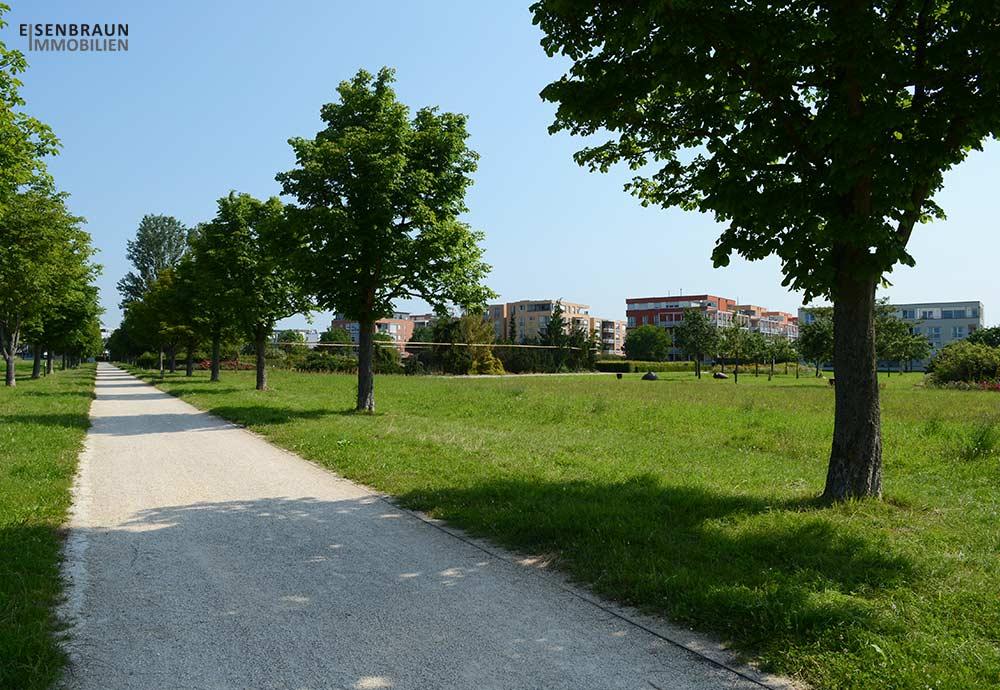 Immobilienpreise in Ostfildern. Das Bild zeigt die Häuser des Scharnhauser Park an den Traumfeldern.